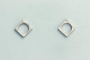 8.4mm Sq Bead Frame Satin Rhodium