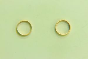 8mm Rd Bead Frame Satin Gold